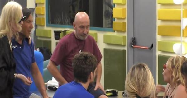 Maurizio Battista lascia la Casa del Grande Fratello Vip!