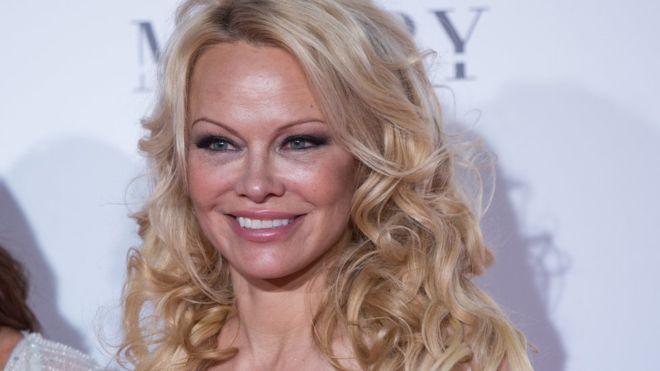 Pamela Anderson: basta interventi chirurgici ora sto bene…